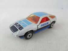 Matchbox Porsche 928 silver wheels