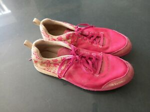 Karrimor Ladies running spikes size 4