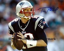 TOM BRADY NEW ENGLAND PATRIOTS SIGNED AUTOGRAPHED 8X10 PHOTO RP
