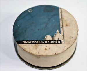 Old face powder box made by maderas and orinte made in spain