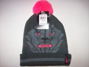 Nike Boys Hat Cold Weather Pom Pom Lebron James King Lion Anthracite 8-20 New