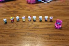 Squinkies Lot Hello Kitty cat Sanrio and chair
