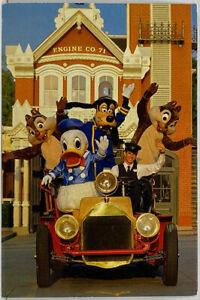 WALT DISNEY WORLD Where's The Fire Police Chief Goofy Engine Co. Photo Postcard