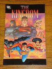 KINGDOM COLLECTED DC COMICS MARK WAID GRAPHIC NOVEL 9781563895678