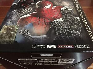 Sideshow Black-Suited Spiderman Mini Bust Limited Edition 422/1500  --- NEW