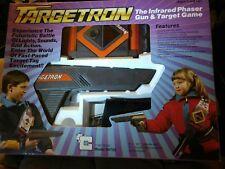1987 TARGETRON LARGE GUN INFARED PHASER TARGET GAME X2
