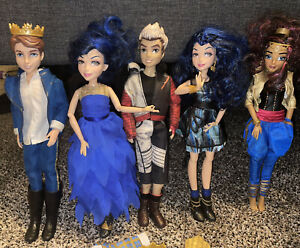 Disney Descendants Doll Lot of 6 With Extras