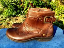 CLARK'S Boots Biker Babe Buckle Gold Stud Brown LEATHER Ankle Womens Shoes Sz 7