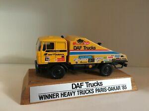 DAF Turbo 3300 Renntruck Paris-Dakar 85 von Lion Toys 1:50
