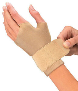 Mueller Compression and Support Gloves Beige (PAIR)