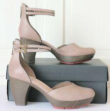 Clarks Ladies leather platform shoes glass jewel mushroom  size 8  EU 42