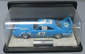 Franklin Mint 1:24 Die-Cast 1970 Plymouth Superbird #43 Richard Petty w/ Case EX
