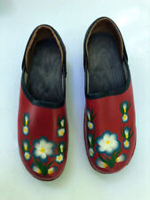 Womens Red Swedish Wooden Clogs with blue flowers Euro Size 37 Us 7 cute!