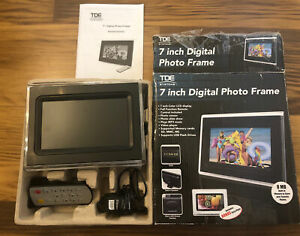TDE 7 inch Clock/ Digital Photo/ video/ MP3 player w/Remote Control