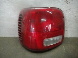 Tail Light Assembly DODGE VAN 2500 SERIE Left 95 96 97 98 99 00 01 02 03 Lamp