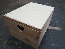 LARGE PLAIN WOOD WOODEN BOX 40X30X23cm  FOR DECOUPAGE WHIT LID AND HEART