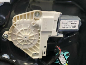 AUDI A4 B8 A5 8T 2008-2015 DRIVER SIDE FRONT RIGHT WINDOW MOTOR 8K0959802