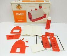 BACHMANN / PLASTICVILLE KIT #45151 HO SCALE BARN