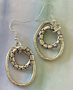 Heart love earrings cooper and brass earrings gold tone  earrings plain or wbead cat eye simulated