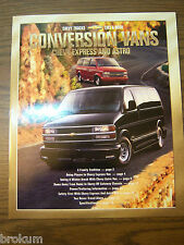 MINT 2001 CHEVROLET CHEVY CONVERSION VANS 21 PAGE DEALER SALES BROCHURE (R-80 O)
