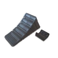 2 x Unterlegkeile PKW-Anhänger schwarz inkl. Halter