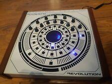 Retrò Revolution analogico Future Synth TB-303 clone con SEQ Remix, Midi, effetti