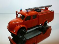 PARADE #26 MAGIRUS LADDER TRUCK - FIRE ENGINE RED 1:50 - GOOD CONDITION