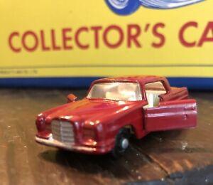 Original Rare 1966 MATCHBOX Mercedes-Benz 220 SE Lesney Diecast Car #53 England