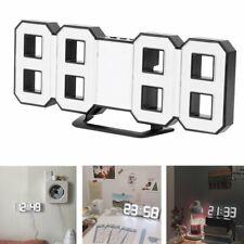 Moderne Digital 3D LED Alarm Wanduhr 24/12Hr Tischuhr Wecker mit Snooze Timer