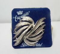 VIntage Costume Jewellery Rhodium Plated leaf brooch by exquisite 6 cm