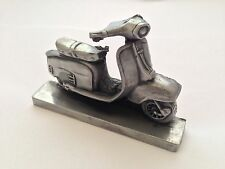 VESPA SCOOTER PELTRO effetto 1.43 scala Business card holder made in Sheffield