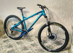 Custom built Dartmoor Primal 27.5