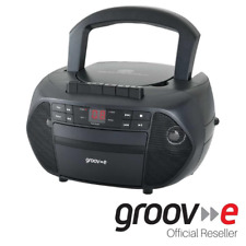 GROOV-E TRADITIONAL BOOMBOX CD CASSETTE PLAYER WITH FM RADIO - BLACK - GVPS833