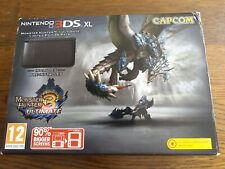 Nintendo 3DS XL (Monster Hunter 3 Ultimate Limited Edition Pack)
