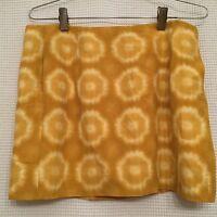 J. CREW Mini Skirt Yellow Tie Dye Design Size 6 70% Silk 30% Cotton