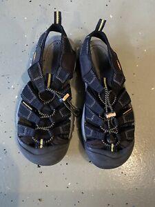 Keen Newport H2 Size 7 Athletic Hiking Black Sport Sandal