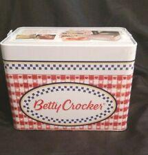"NEW- Vintage"" Betty Crocker"" Collectible Keepsake Recipe Tin w/ Classic Recipes"