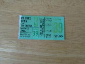 1982 Boston Celtics Vs Milwaukee Bucks Basketball Ticket Stub 4-6-82