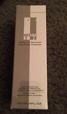 GINGI  Make-Up Remover Clarifying Cleanser