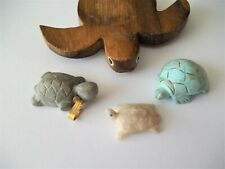 Lot 4 Turtles Miniatures carved Stone rock and 1 wood Figurines Collectibles