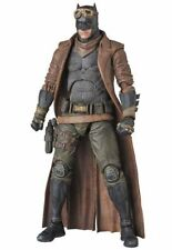 Medicom Toy MAFEX Knightmare Batman Action Figure Japan version