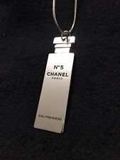 CHANEL No.5 Parfum Perfume Silver Tone Necklace VIP Gift New in Velvet Pouch