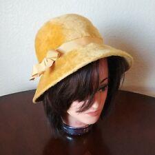 VTG Duchess Marche' Exclusive Faux Fur Women's Yellow Hat / Size 22 1/2 Italy