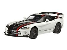 Revell 07079 - Dodge Viper SRT10 ACR - Plastic Kit 1/25th Scale -Tracked 48 Post
