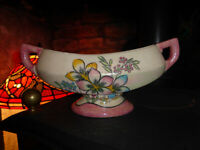 Vintage KENSINGTON CERAMIC MANTLE VASE Lustreware Lustre Lovely 1930s Art Deco