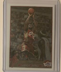 2003 LeBron James Topps Chrome #111 Rc Rookie card Cleveland Cavaliers