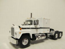 1ST GEAR 1/64 SCALE R MODEL MACK, SLEEPER CAB, WHITE, BLACK STRIPE   DCP SCALE
