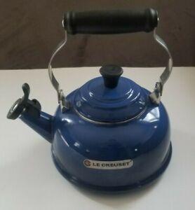 Le Creuset Cobalt Blue Whistling Tea Kettle 1.7 Qt - 1.6 Ltr enamel on steel