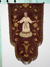 Bannière de procession en velours bordeaux enfant Jésus gros relief XIXe