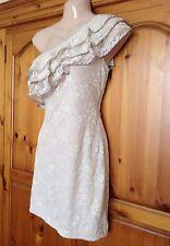 ❤️ womens AX paris cream lace ruffle off  the shoulder dress size 12 ❤️